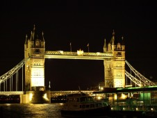 London Dinner Cruise - Includes Cabaret